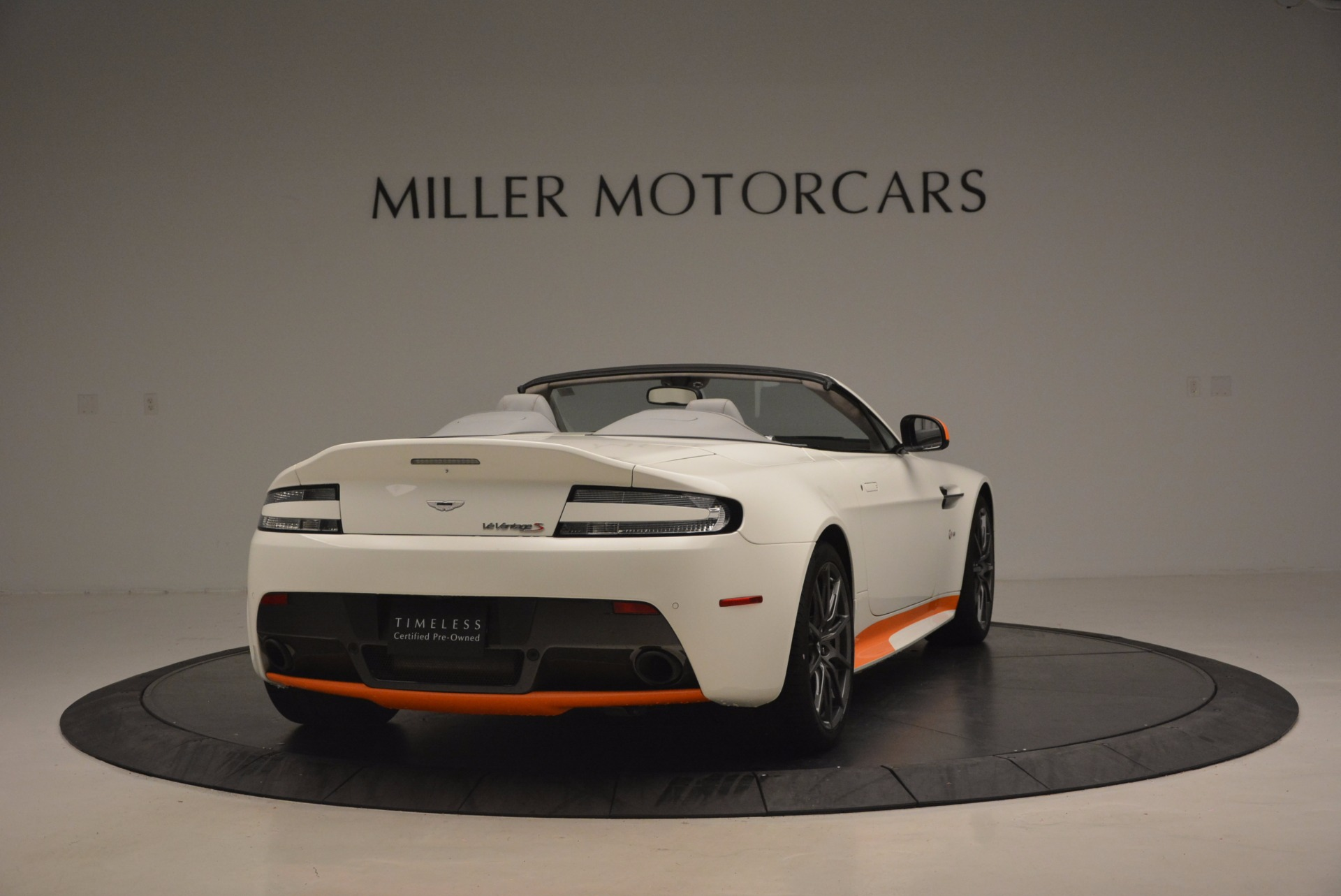 Used 2017 Aston Martin V12 Vantage S Convertible | Greenwich, CT