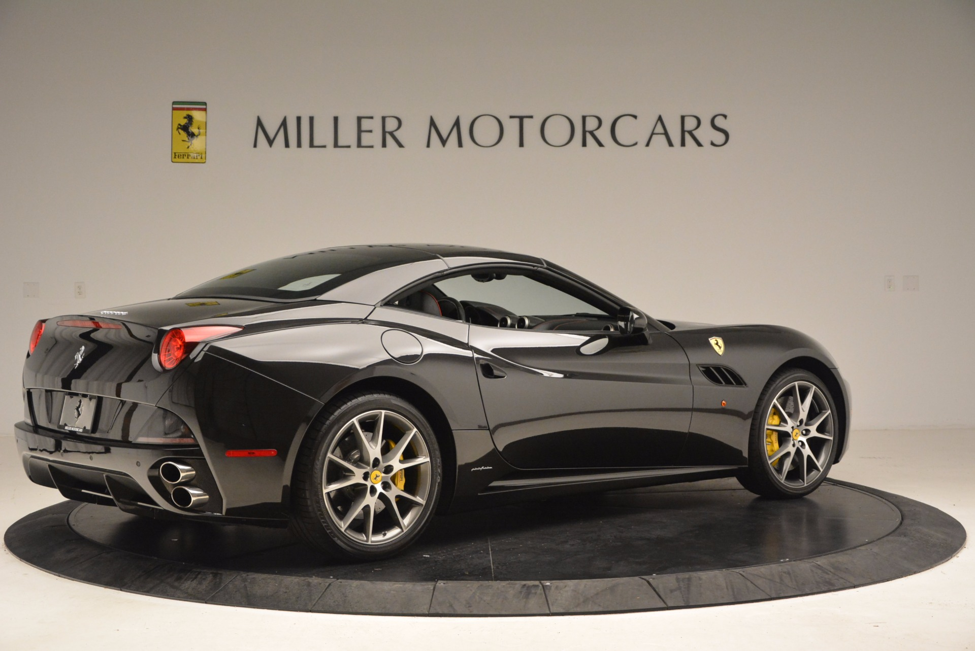 Used 2013 Ferrari California  | Greenwich, CT
