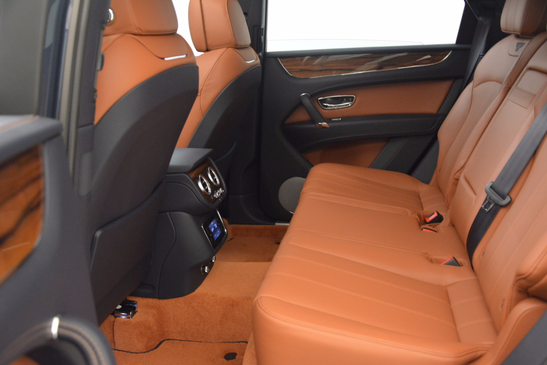 Used 2018 Bentley Bentayga Onyx | Greenwich, CT