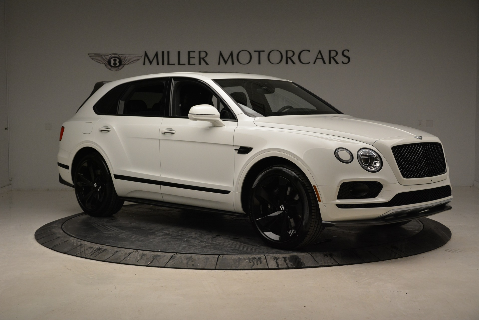 New 2018 Bentley Bentayga Black Edition | Greenwich, CT