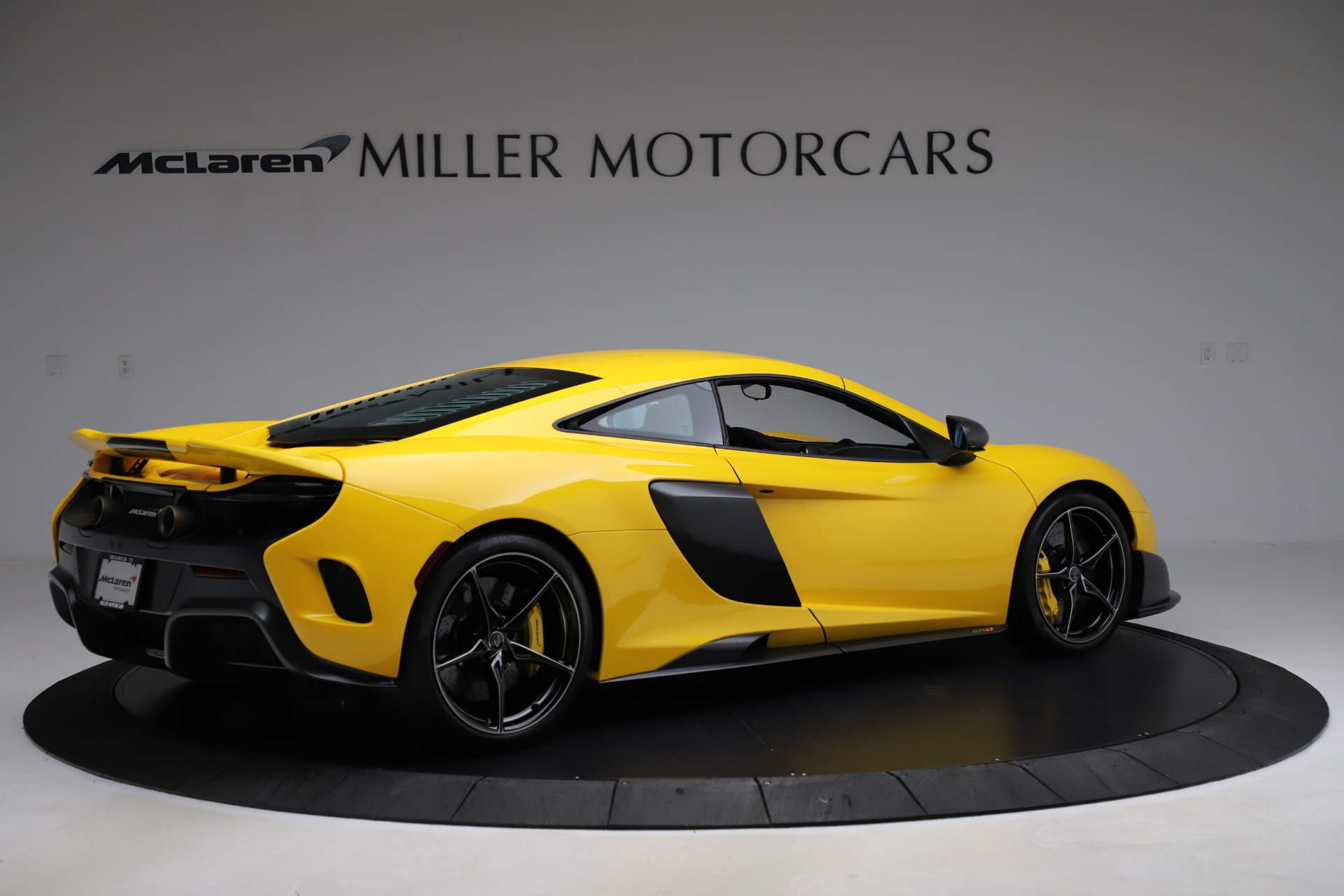 Used 2016 McLaren 675LT Coupe | Greenwich, CT