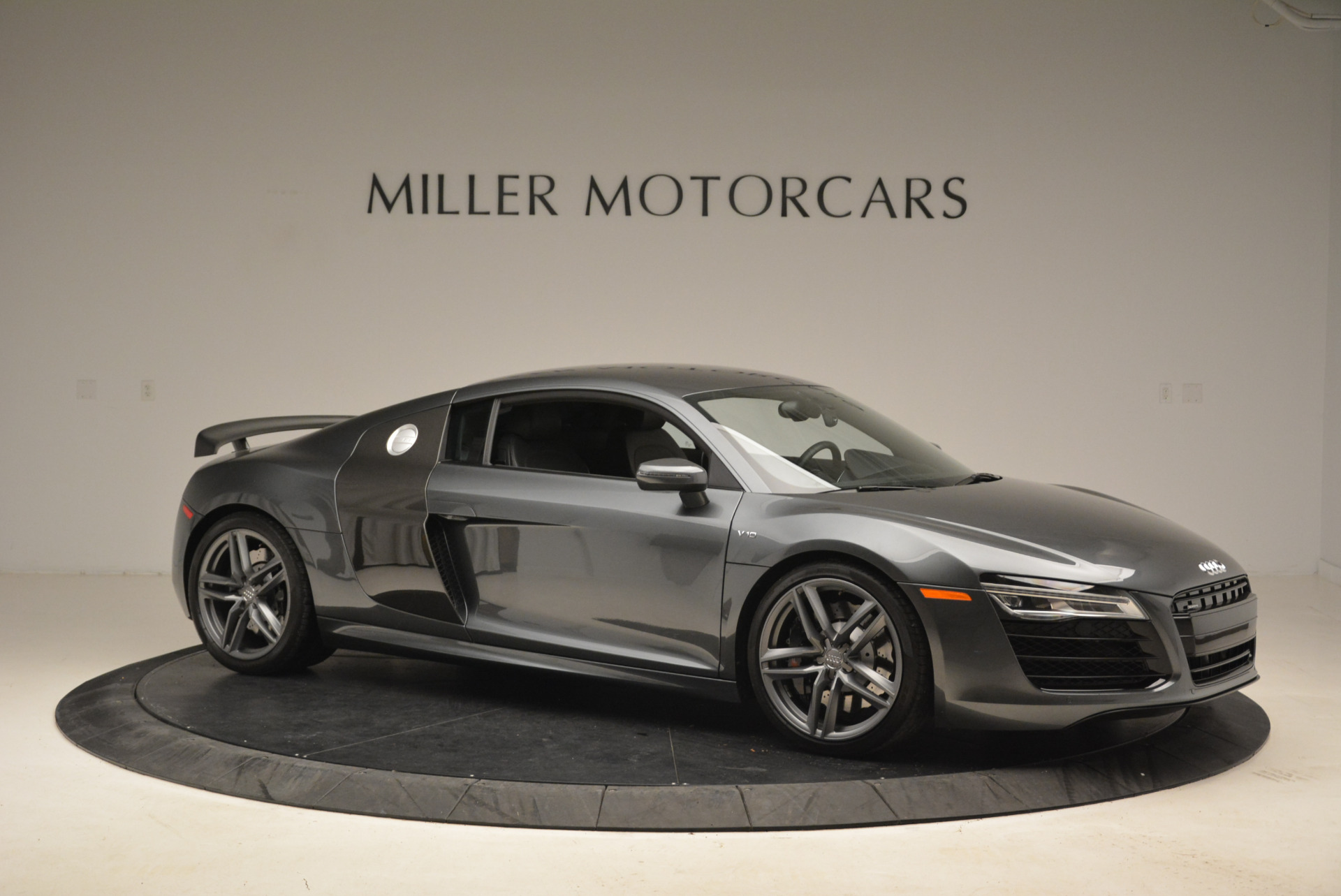 Used 2014 Audi R8 5.2 quattro | Greenwich, CT