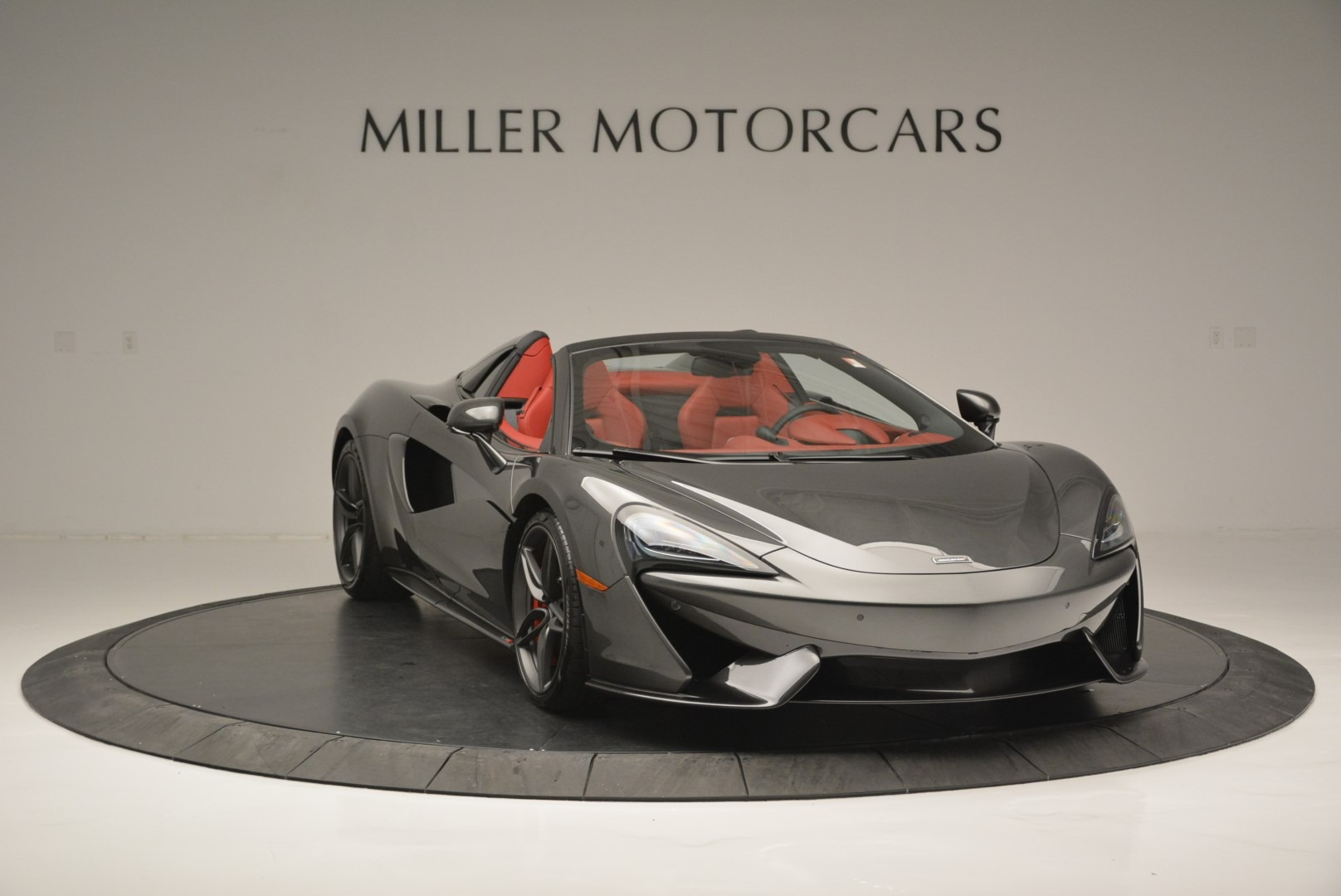 New 2018 McLaren 570S Spider | Greenwich, CT