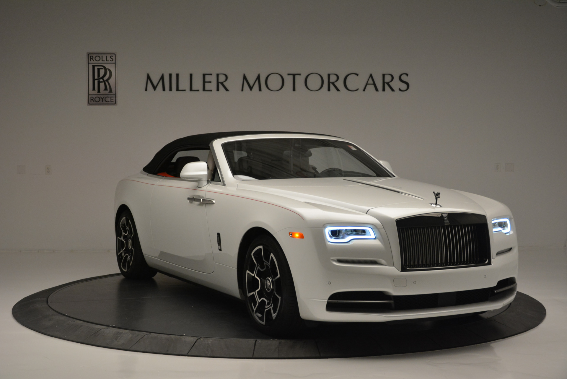 Used 2018 Rolls-Royce Dawn Black Badge | Greenwich, CT