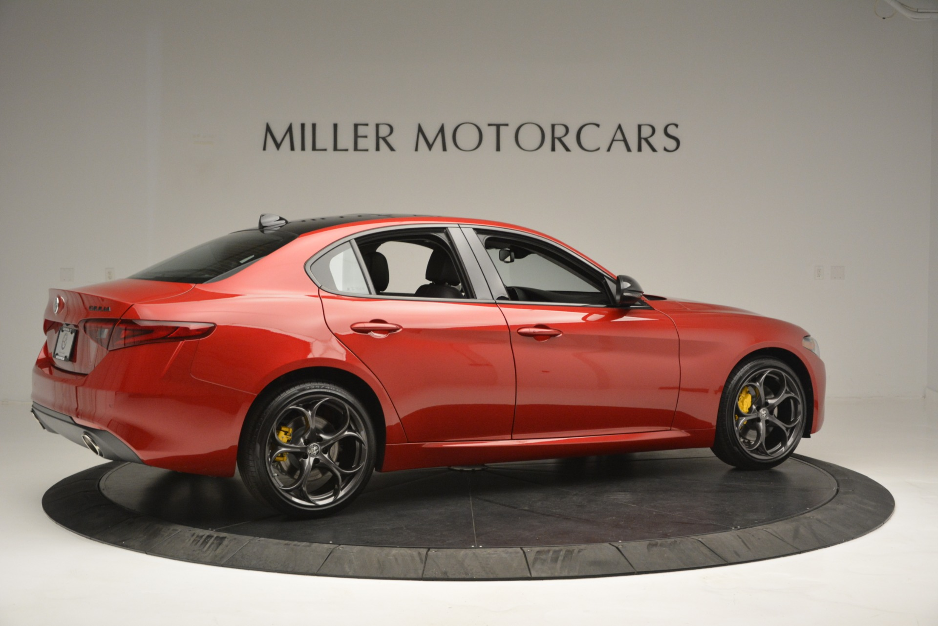 New 2018 Alfa Romeo Giulia Ti Q4 | Greenwich, CT
