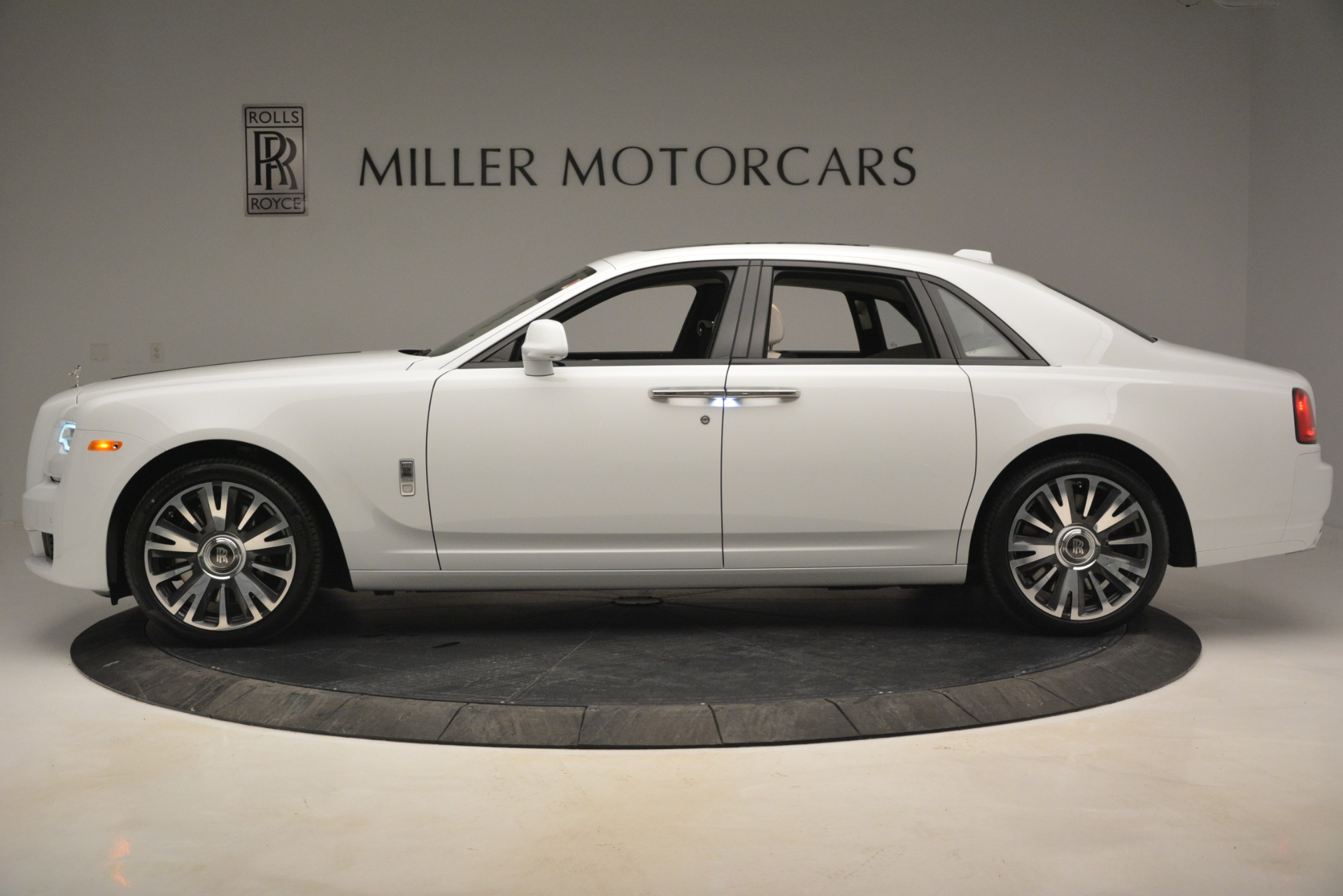 New 2019 Rolls-Royce Ghost  | Greenwich, CT