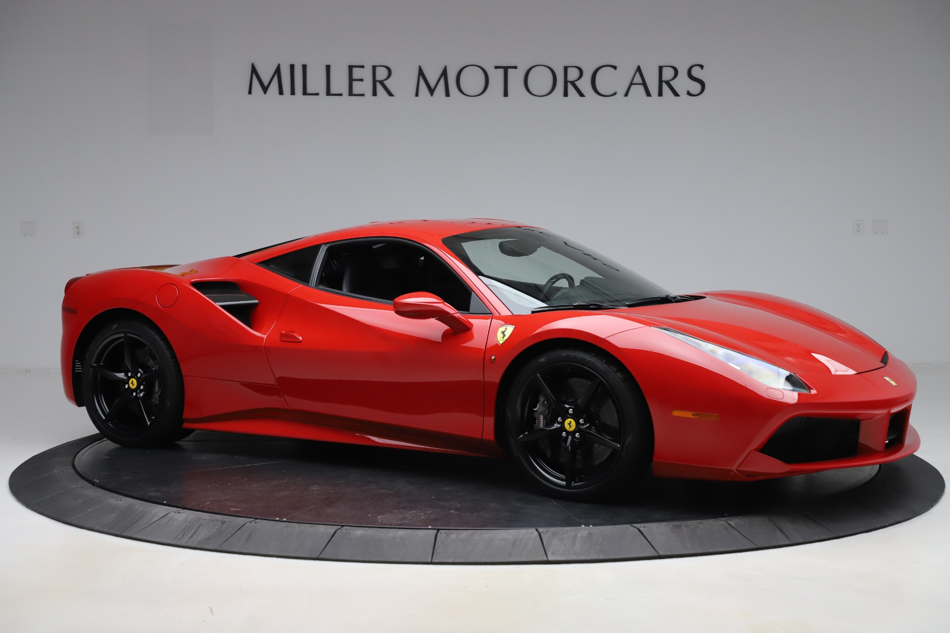 Used 2018 Ferrari 488 GTB  | Greenwich, CT