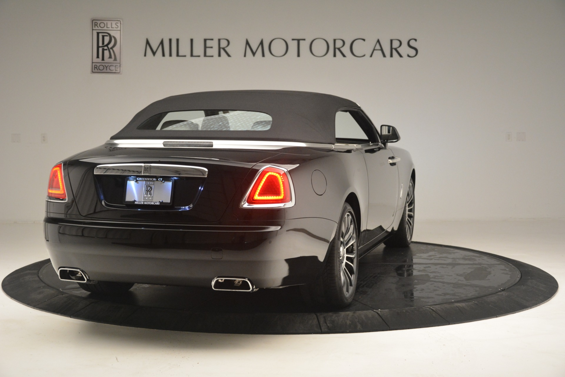 Used 2018 Rolls-Royce Dawn  | Greenwich, CT