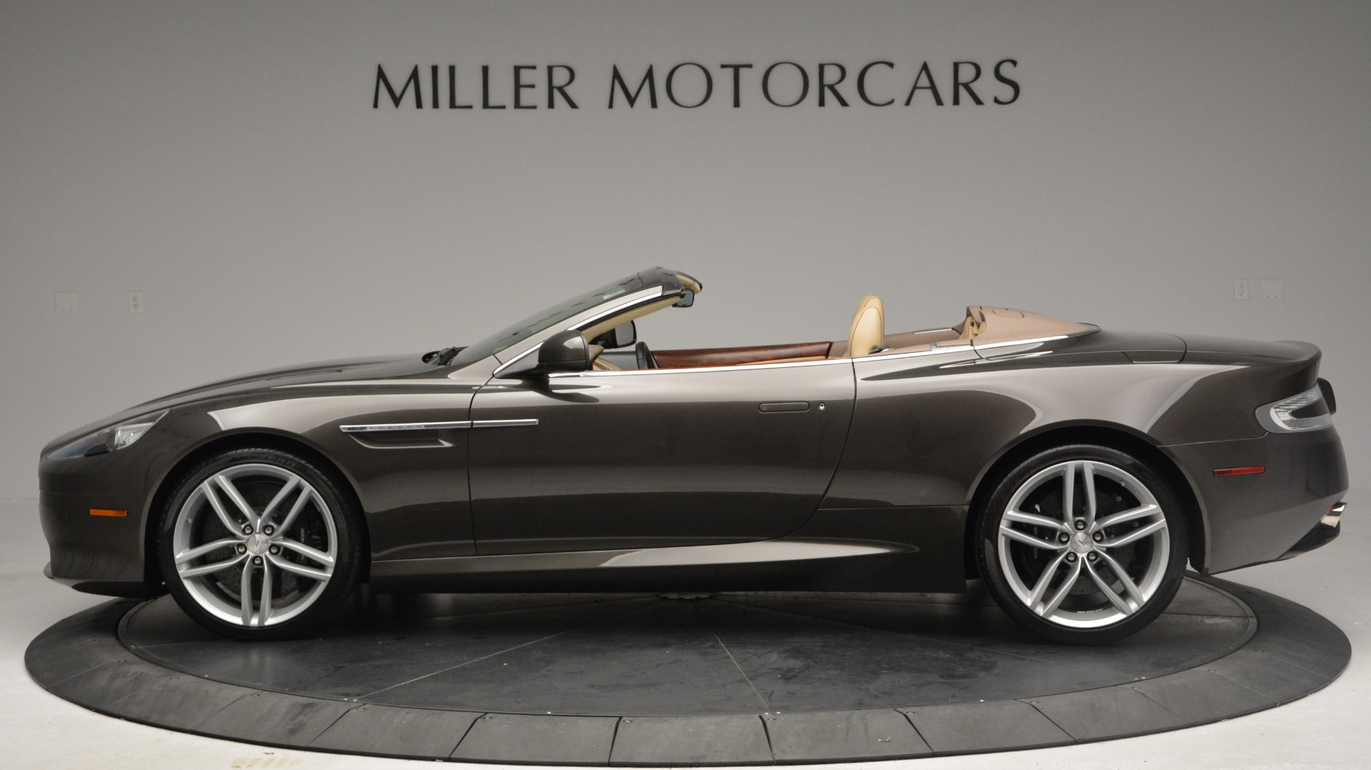 Used 2012 Aston Martin Virage Convertible | Greenwich, CT
