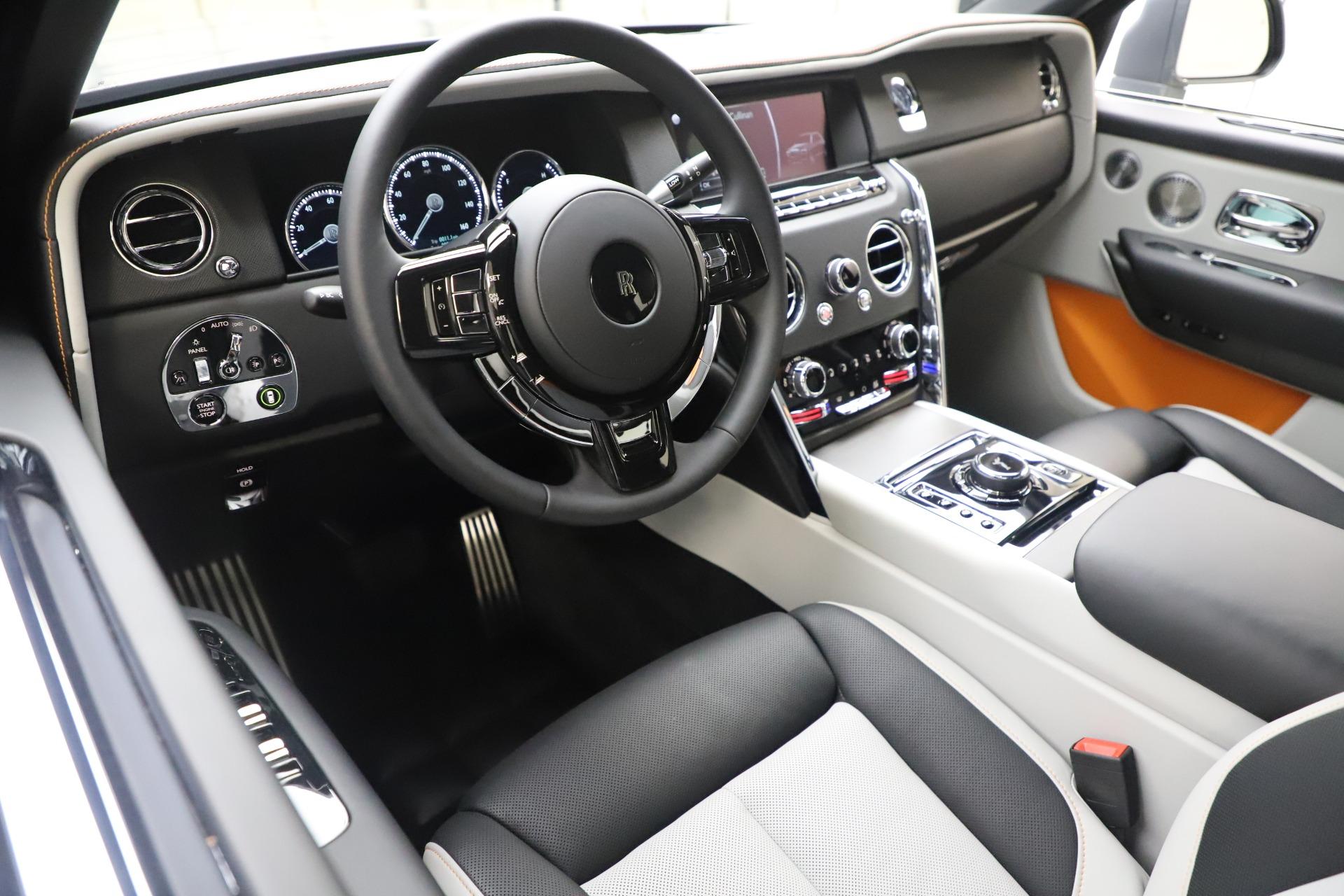 New 2020 Rolls-Royce Cullinan    Greenwich, CT
