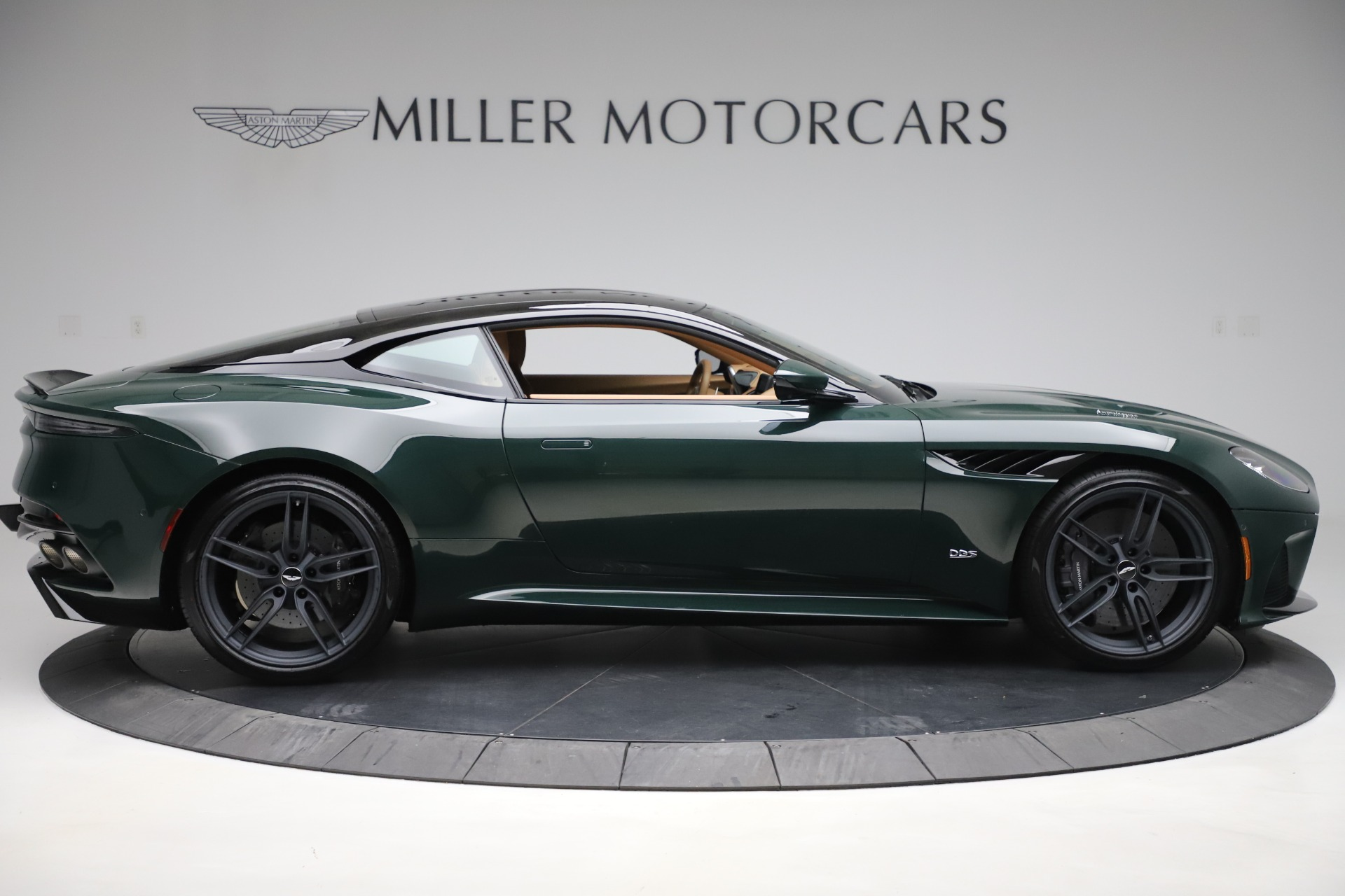 New 2020 Aston Martin DBS Superleggera | Greenwich, CT