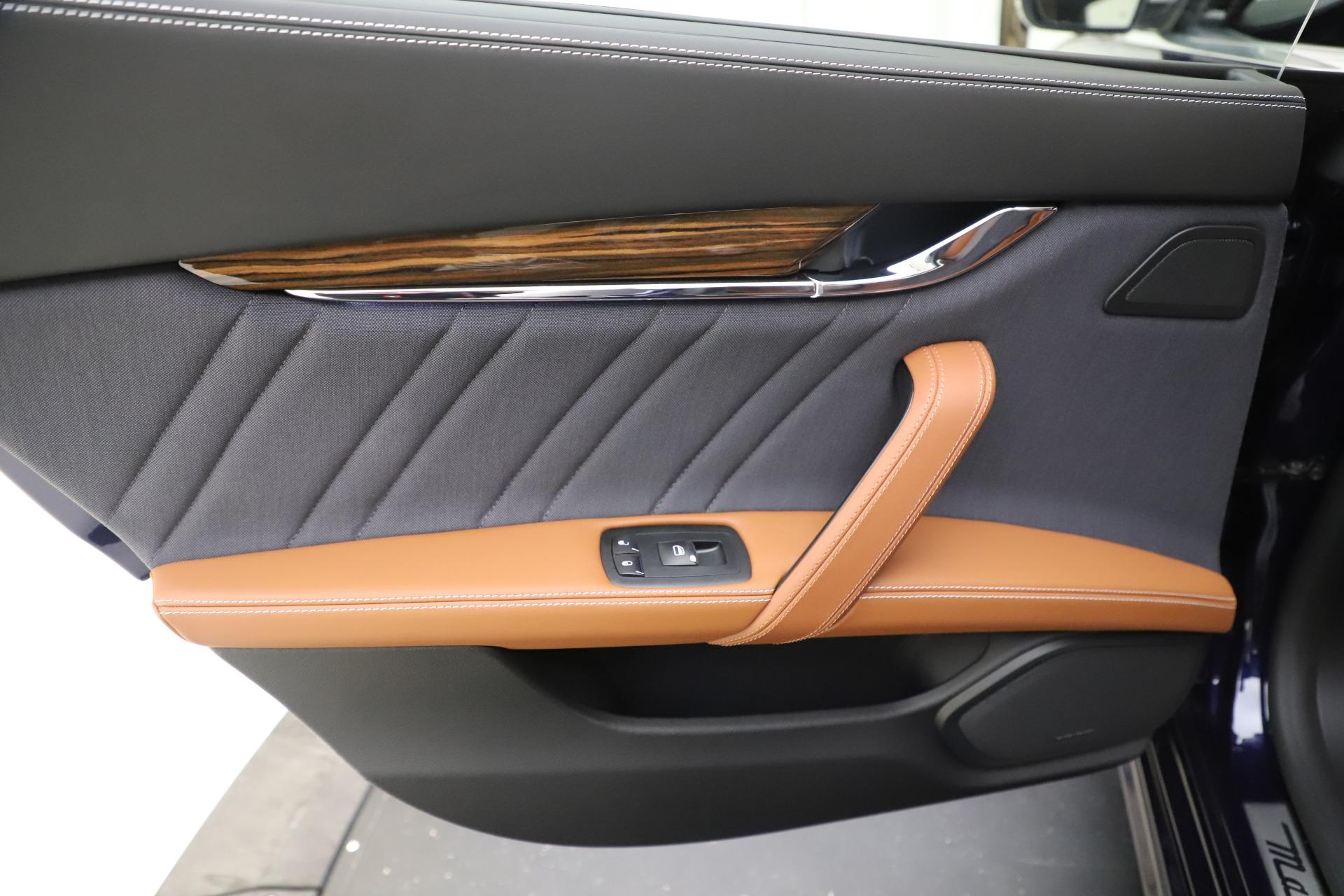 Used 2017 Maserati Quattroporte S Q4 GranLusso | Greenwich, CT