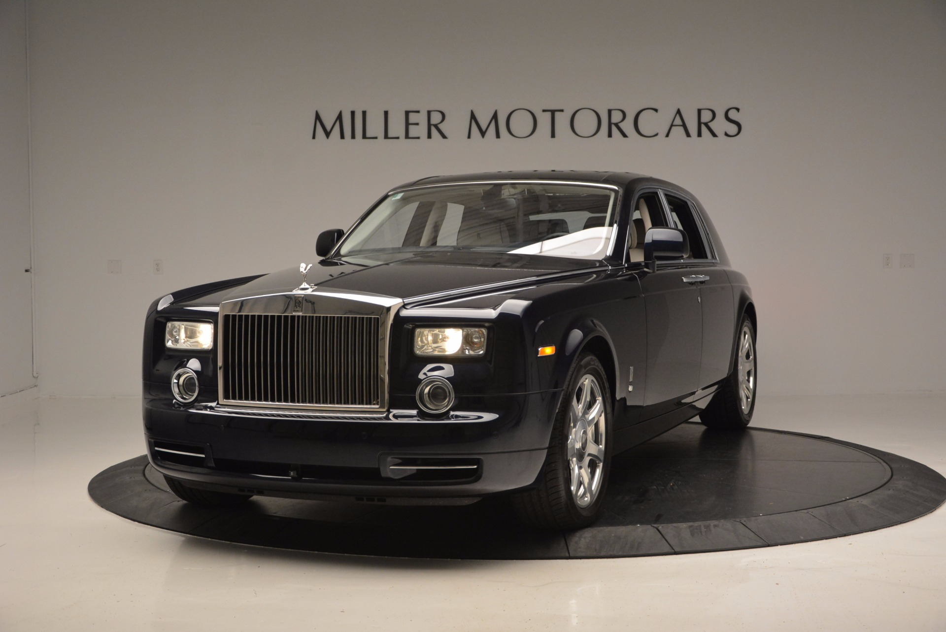 used 2011 rolls royce phantom greenwich ct. Black Bedroom Furniture Sets. Home Design Ideas