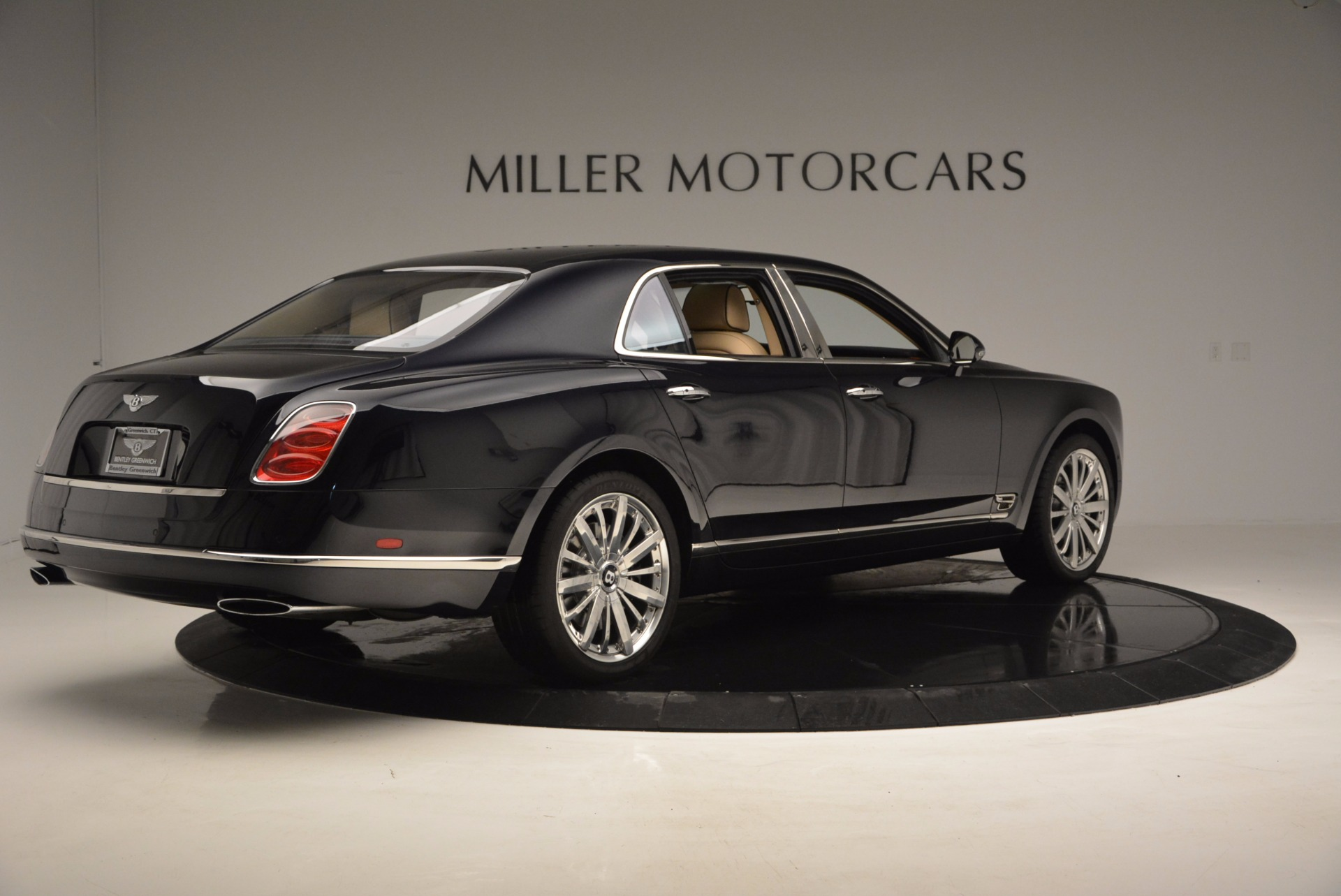 Dream motor cars luxury used cars in los angeles for Luxury pre owned motor cars