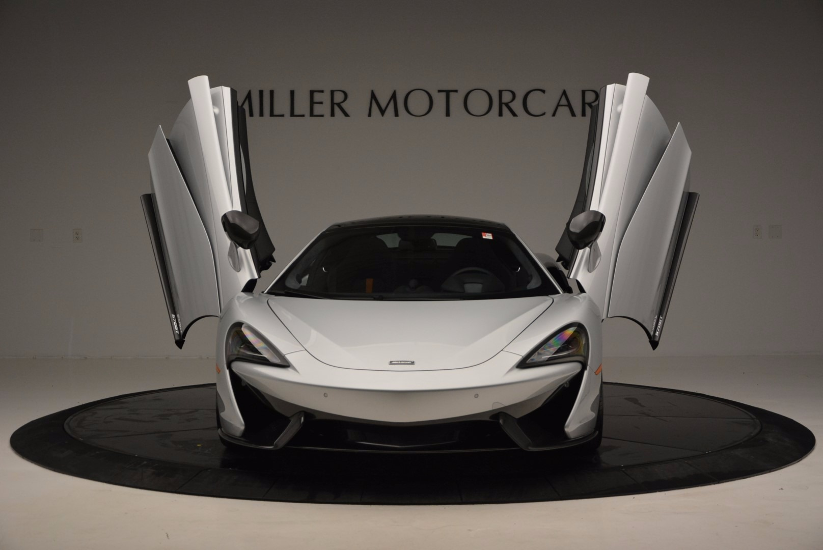 New 2017 McLaren 570GT  | Greenwich, CT
