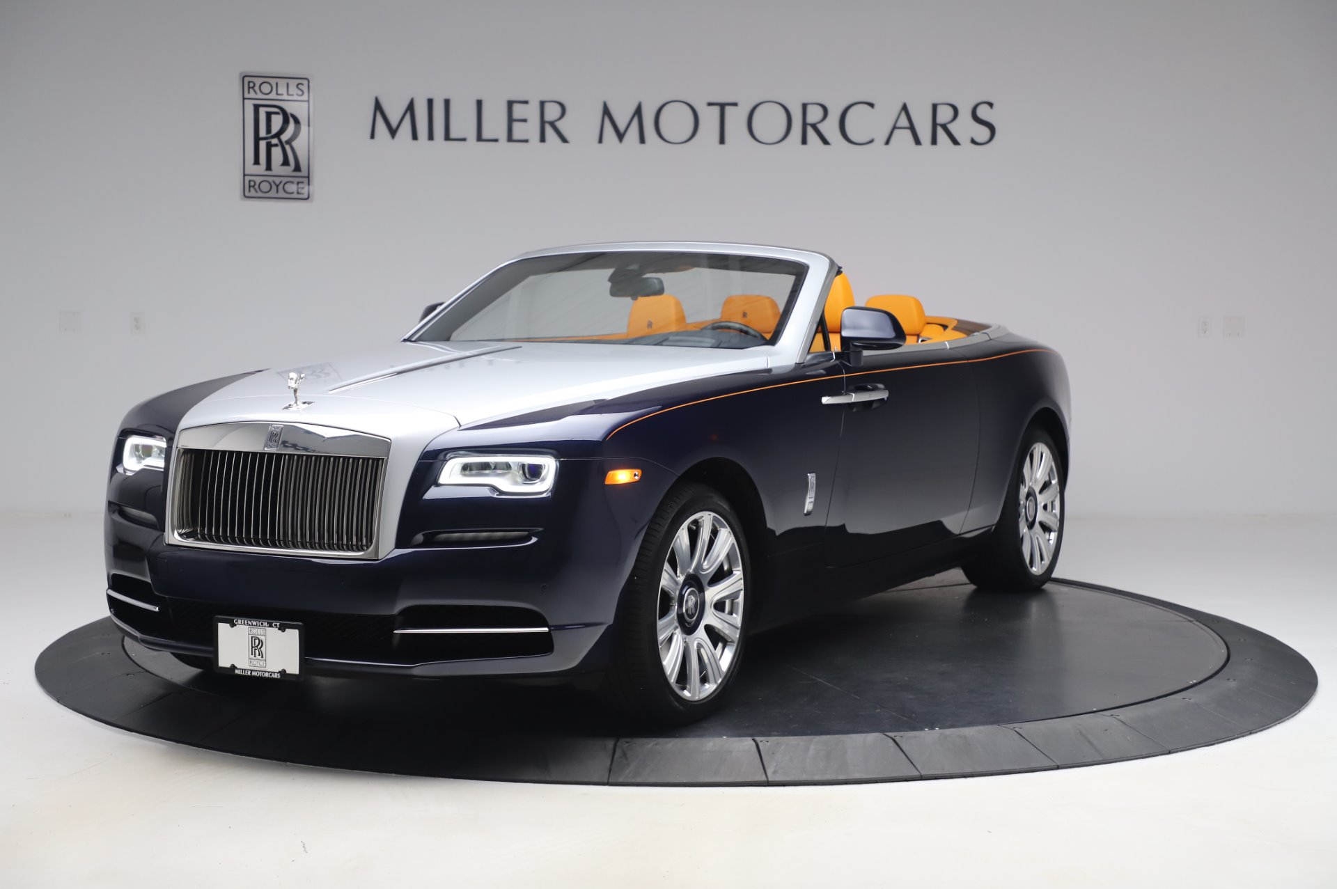 new 2017 rolls royce dawn greenwich ct. Black Bedroom Furniture Sets. Home Design Ideas