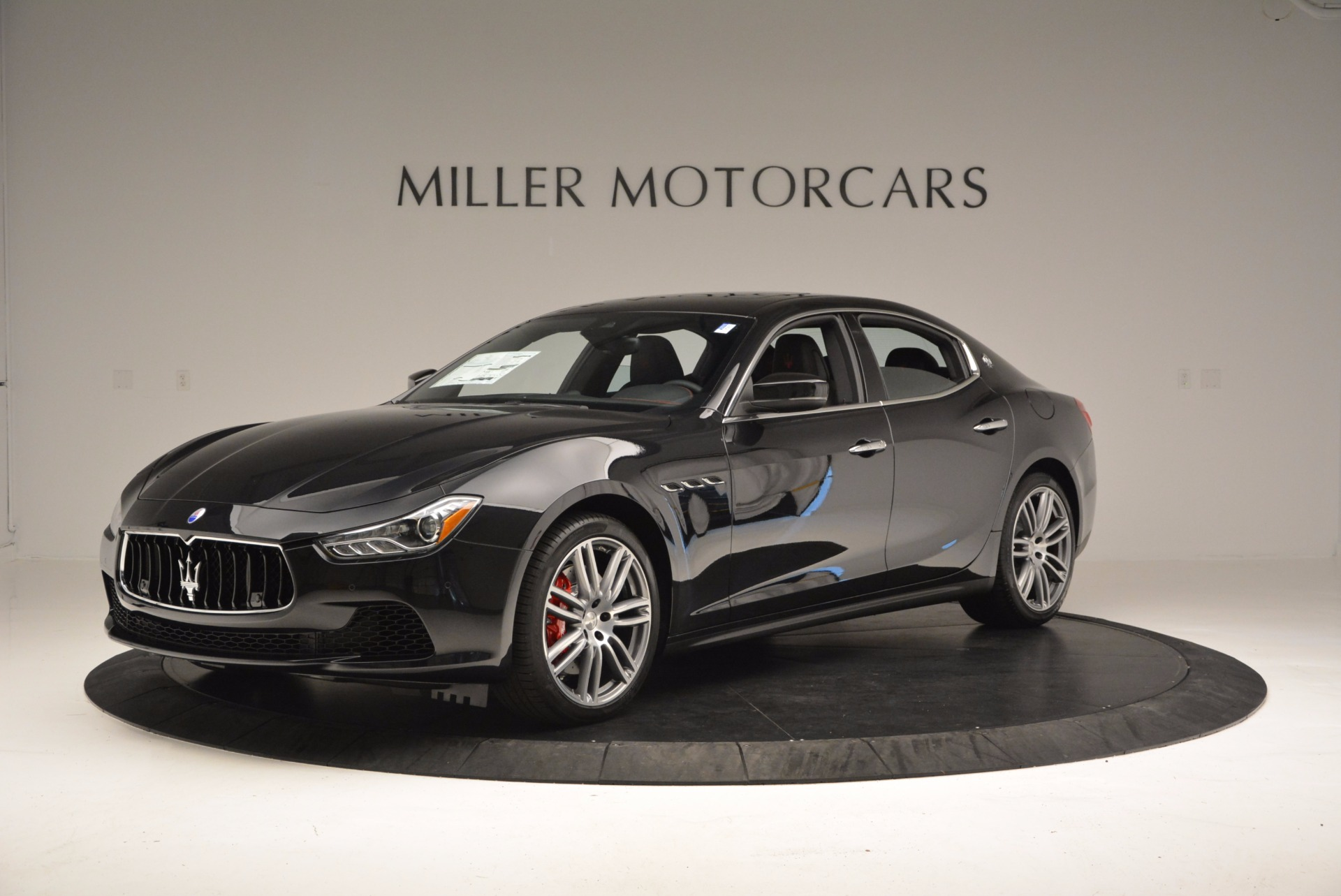 Used 2017 Maserati Ghibli S Q4 for sale $44,900 at Rolls-Royce Motor Cars Greenwich in Greenwich CT 06830 1