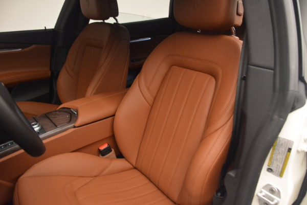 Used 2017 Maserati Quattroporte SQ4 for sale $53,900 at Rolls-Royce Motor Cars Greenwich in Greenwich CT 06830 15