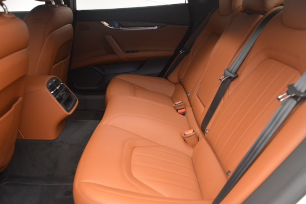 Used 2017 Maserati Quattroporte SQ4 for sale $53,900 at Rolls-Royce Motor Cars Greenwich in Greenwich CT 06830 18