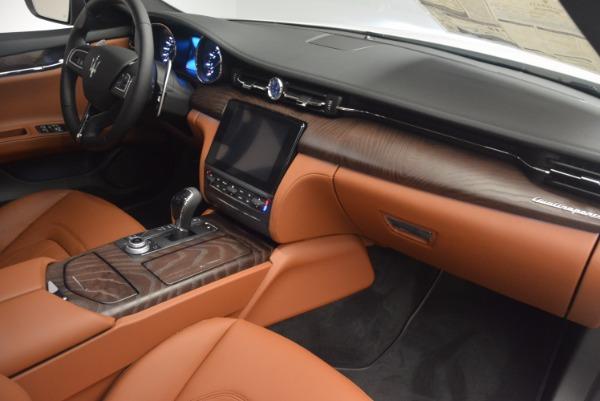 Used 2017 Maserati Quattroporte SQ4 for sale $53,900 at Rolls-Royce Motor Cars Greenwich in Greenwich CT 06830 22