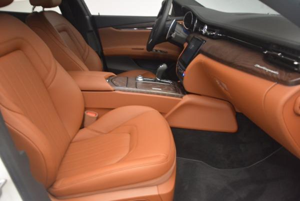Used 2017 Maserati Quattroporte SQ4 for sale $53,900 at Rolls-Royce Motor Cars Greenwich in Greenwich CT 06830 23