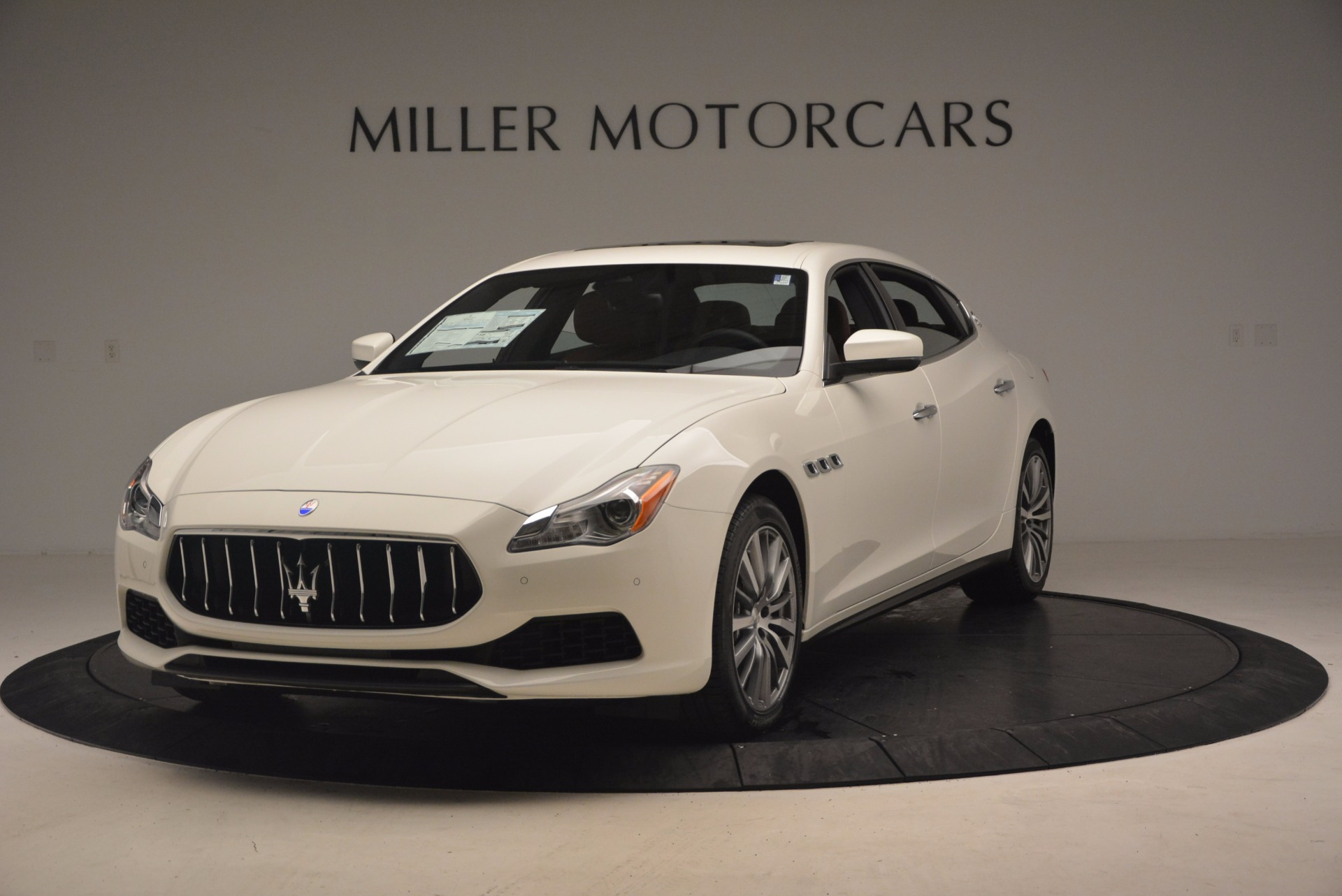 Used 2017 Maserati Quattroporte SQ4 for sale $53,900 at Rolls-Royce Motor Cars Greenwich in Greenwich CT 06830 1