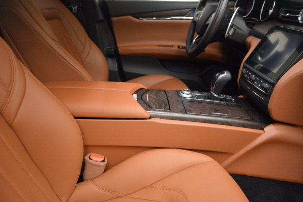 New 2017 Maserati Quattroporte S Q4 for sale Sold at Rolls-Royce Motor Cars Greenwich in Greenwich CT 06830 21