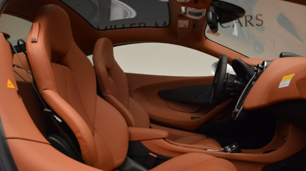 Used 2017 McLaren 570GT for sale Sold at Rolls-Royce Motor Cars Greenwich in Greenwich CT 06830 20
