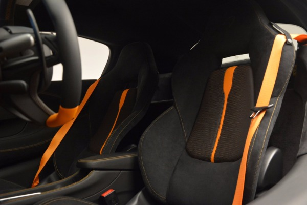 New 2017 McLaren 570S for sale Sold at Rolls-Royce Motor Cars Greenwich in Greenwich CT 06830 17