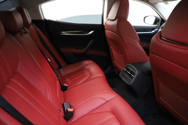 Used 2017 Maserati Ghibli S Q4 for sale $42,900 at Rolls-Royce Motor Cars Greenwich in Greenwich CT 06830 25