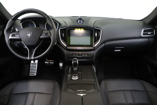 Used 2017 Maserati Ghibli S Q4 for sale Sold at Rolls-Royce Motor Cars Greenwich in Greenwich CT 06830 16