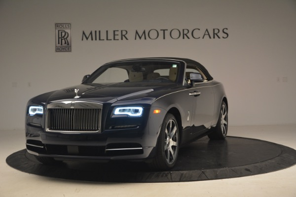 Used 2017 Rolls-Royce Dawn for sale $239,900 at Rolls-Royce Motor Cars Greenwich in Greenwich CT 06830 14