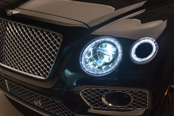 Used 2017 Bentley Bentayga for sale Sold at Rolls-Royce Motor Cars Greenwich in Greenwich CT 06830 18