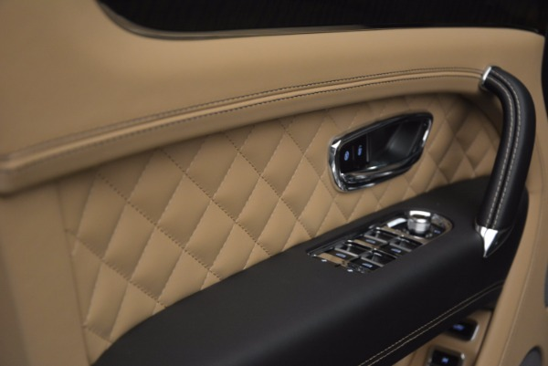 Used 2017 Bentley Bentayga for sale Sold at Rolls-Royce Motor Cars Greenwich in Greenwich CT 06830 26