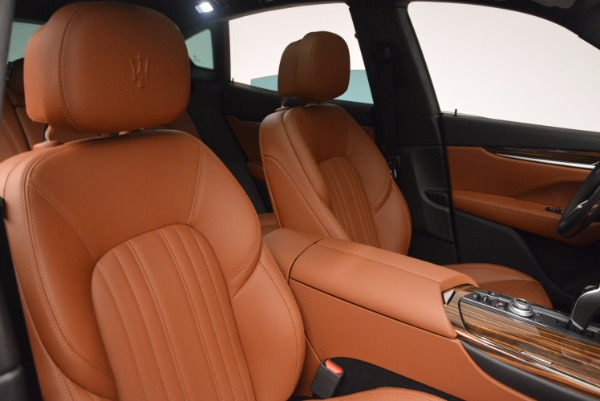New 2017 Maserati Levante S Q4 for sale Sold at Rolls-Royce Motor Cars Greenwich in Greenwich CT 06830 21