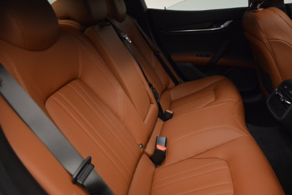 Used 2017 Maserati Ghibli S Q4 Ex-Loaner for sale Sold at Rolls-Royce Motor Cars Greenwich in Greenwich CT 06830 19
