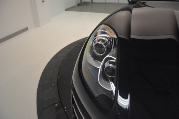 Used 2016 Porsche Macan Turbo for sale Sold at Rolls-Royce Motor Cars Greenwich in Greenwich CT 06830 13