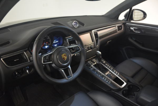 Used 2016 Porsche Macan Turbo for sale Sold at Rolls-Royce Motor Cars Greenwich in Greenwich CT 06830 17