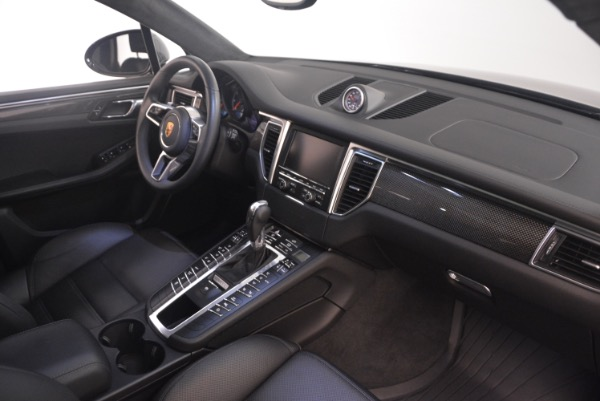 Used 2016 Porsche Macan Turbo for sale Sold at Rolls-Royce Motor Cars Greenwich in Greenwich CT 06830 21