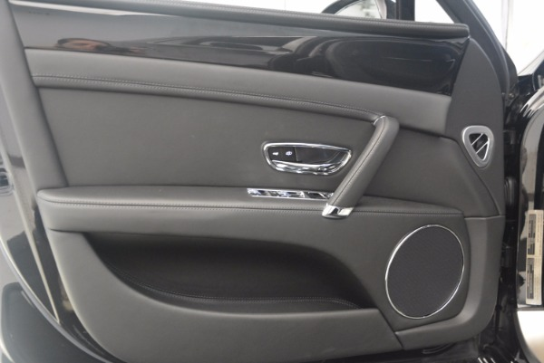 Used 2015 Bentley Flying Spur V8 for sale Sold at Rolls-Royce Motor Cars Greenwich in Greenwich CT 06830 20