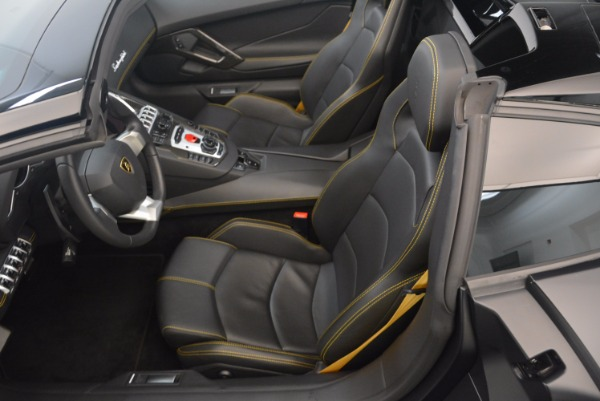 Used 2015 Lamborghini Aventador LP 700-4 for sale Sold at Rolls-Royce Motor Cars Greenwich in Greenwich CT 06830 22