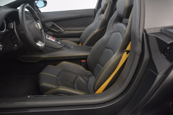 Used 2015 Lamborghini Aventador LP 700-4 for sale Sold at Rolls-Royce Motor Cars Greenwich in Greenwich CT 06830 24