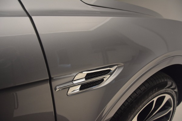 New 2018 Bentley Bentayga Onyx for sale Sold at Rolls-Royce Motor Cars Greenwich in Greenwich CT 06830 19