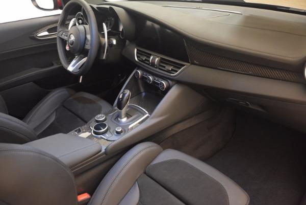New 2017 Alfa Romeo Giulia Quadrifoglio Quadrifoglio for sale Sold at Rolls-Royce Motor Cars Greenwich in Greenwich CT 06830 20
