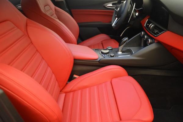 New 2017 Alfa Romeo Giulia Ti Q4 for sale Sold at Rolls-Royce Motor Cars Greenwich in Greenwich CT 06830 22