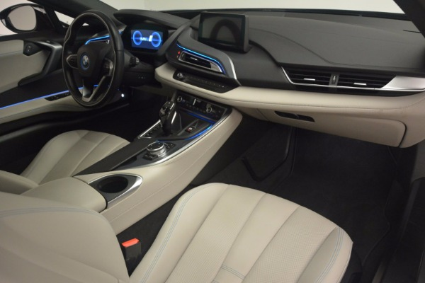 Used 2014 BMW i8 for sale Sold at Rolls-Royce Motor Cars Greenwich in Greenwich CT 06830 20