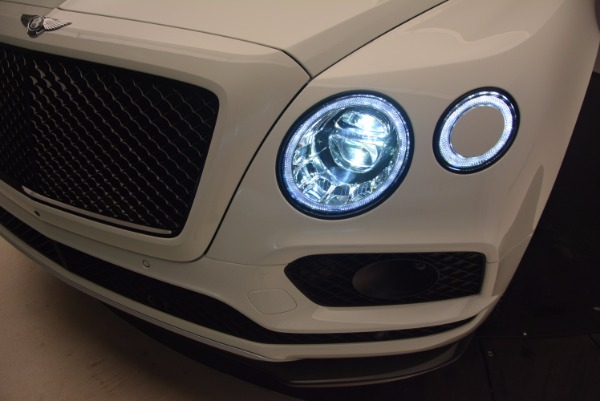 New 2018 Bentley Bentayga Black Edition for sale Sold at Rolls-Royce Motor Cars Greenwich in Greenwich CT 06830 19