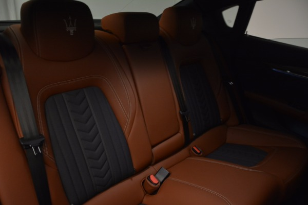 New 2017 Maserati Quattroporte S Q4 GranLusso for sale Sold at Rolls-Royce Motor Cars Greenwich in Greenwich CT 06830 21