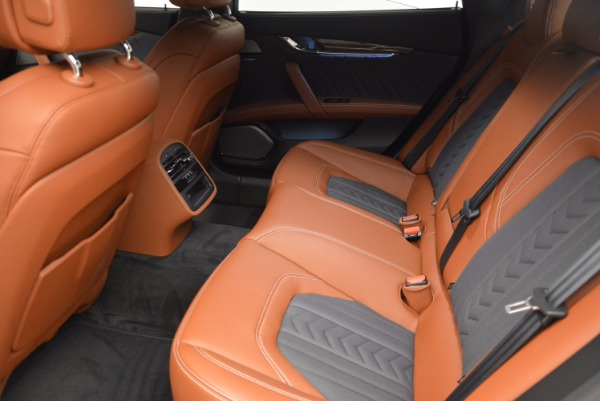 New 2017 Maserati Quattroporte S Q4 GranLusso for sale Sold at Rolls-Royce Motor Cars Greenwich in Greenwich CT 06830 28