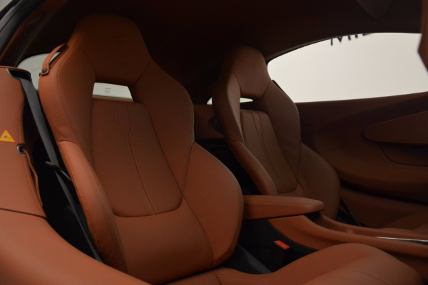 Used 2016 McLaren 570S for sale Sold at Rolls-Royce Motor Cars Greenwich in Greenwich CT 06830 20
